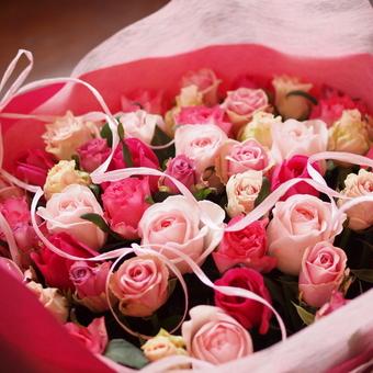 ピンク系7品種50本の花束